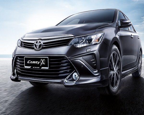 Sewa Mobil Toyota Camry di Bali