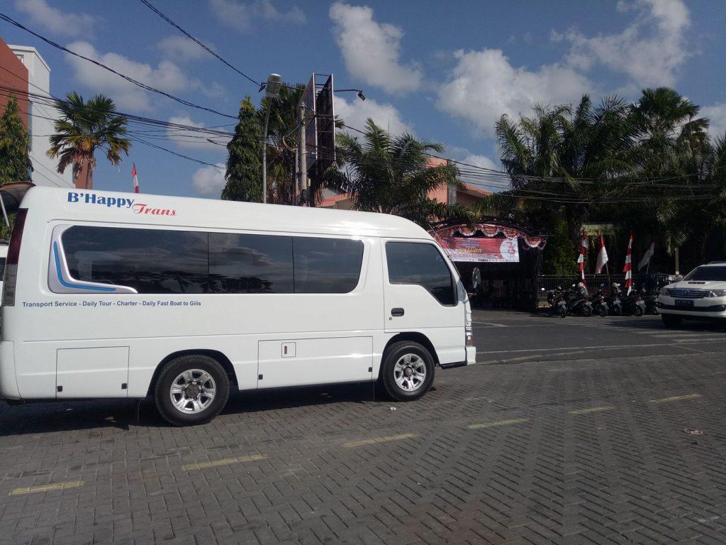 Sewa Mobil di Kuta Bali Lepas Kunci